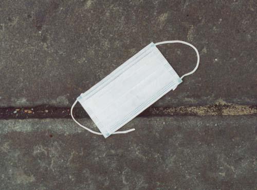 Mask on Bleeker Street 9/11/2001